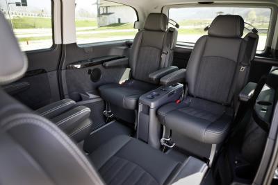 Mercedes Benz Viano unutrašnjost