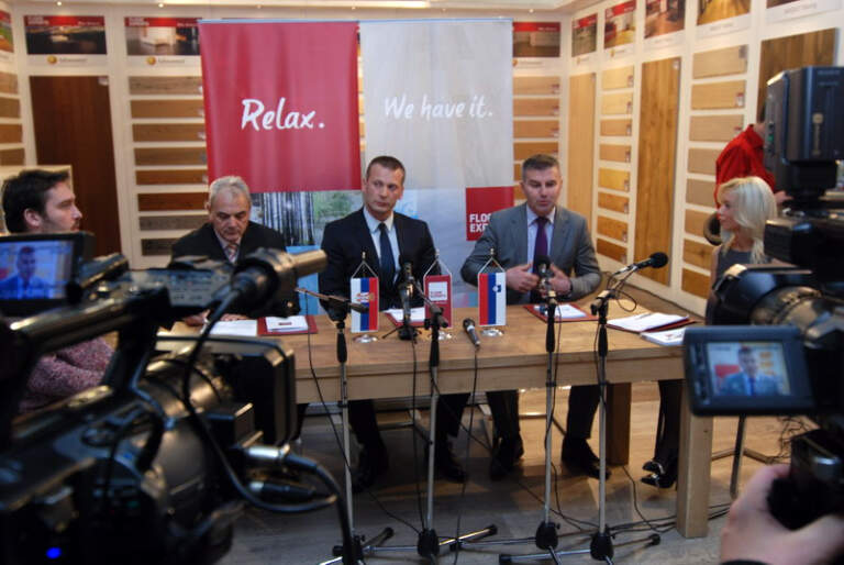 ambasador Slovenije, gdin Franc But,na pres konferenciji Floor Experts-a , sa predstavnikom PKS Vladimirom Burdom i Aljošom Arsenovićem