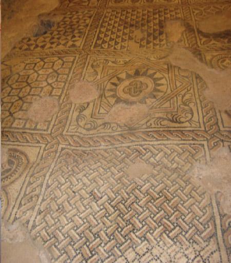 Primeri podnih obloga kroz vekove