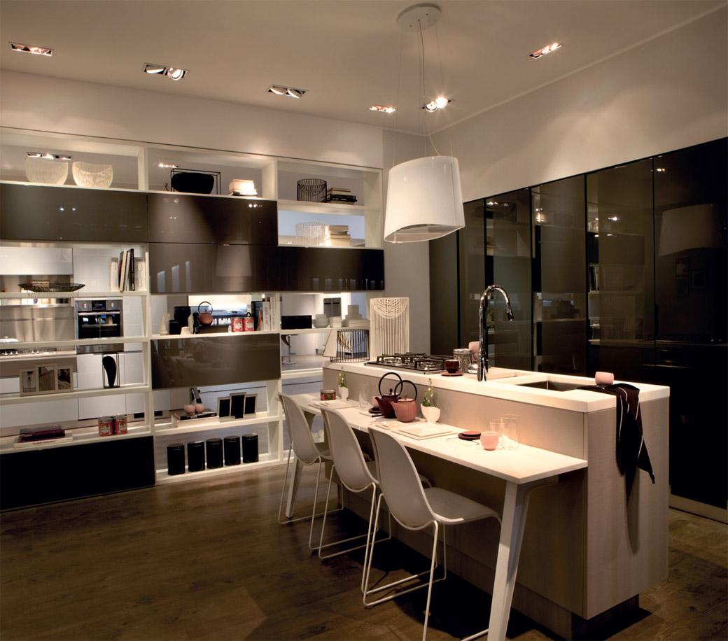 Trend da se prave kuhinje veoma svedenog izgleda, sa što manje nepotrebnih detalja i sa čistim i skladnim linijama