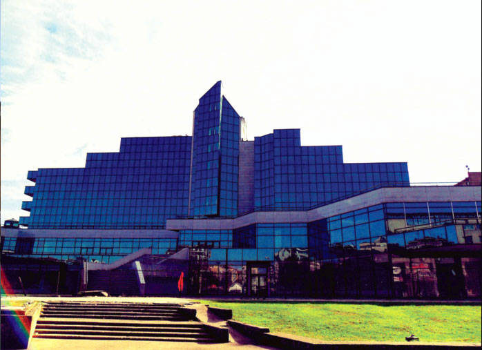 Hotel Sloboda u Šapcu, gde je takođe ugrađivana mermerna breča