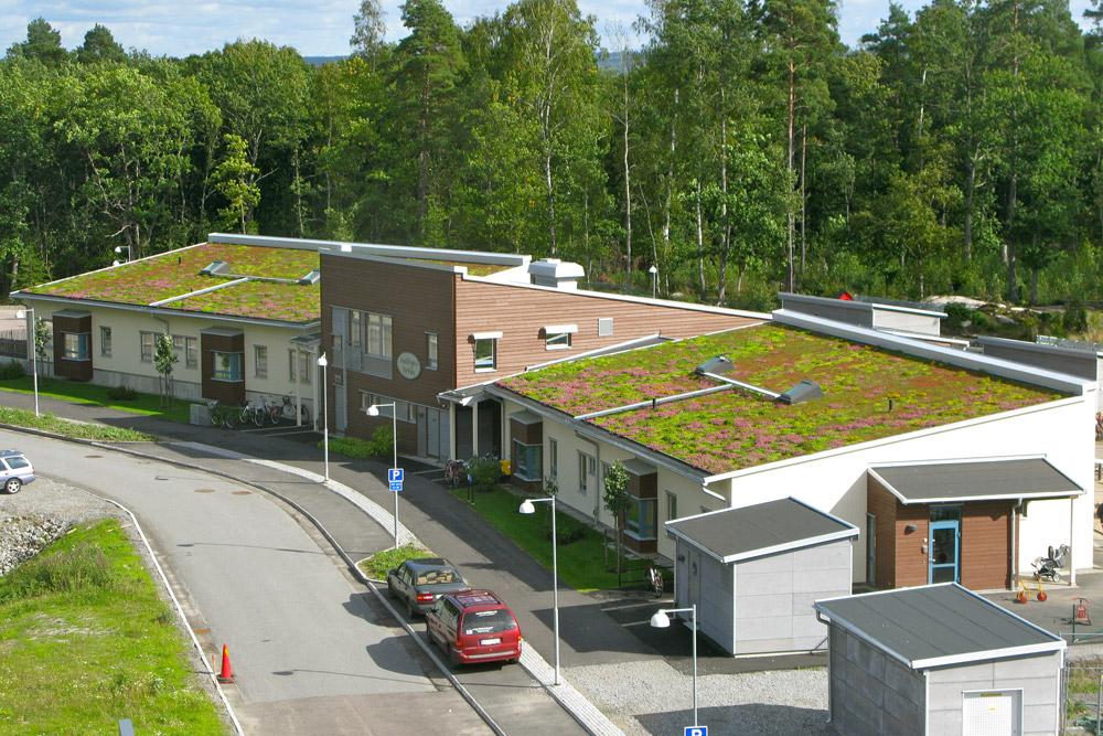Oblik i volumen objekta takođe mogu imati veoma značajan efekat na uštedu energije i resursa