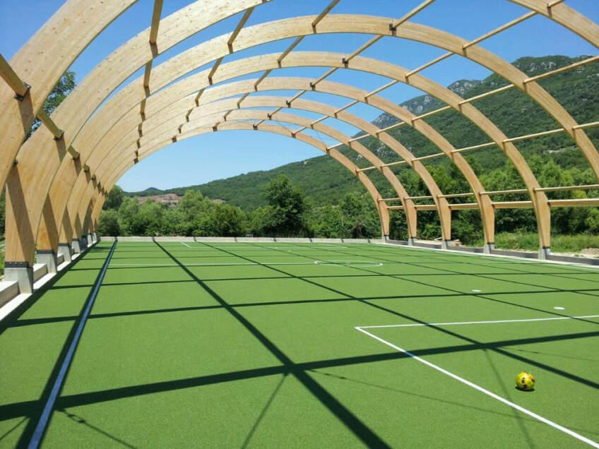 Foto: Bonus Co-Bonus Coje jedna od vodećih kompanija u Srbiji za instalaciju veštačke trave i svih drugih sportskih podloga