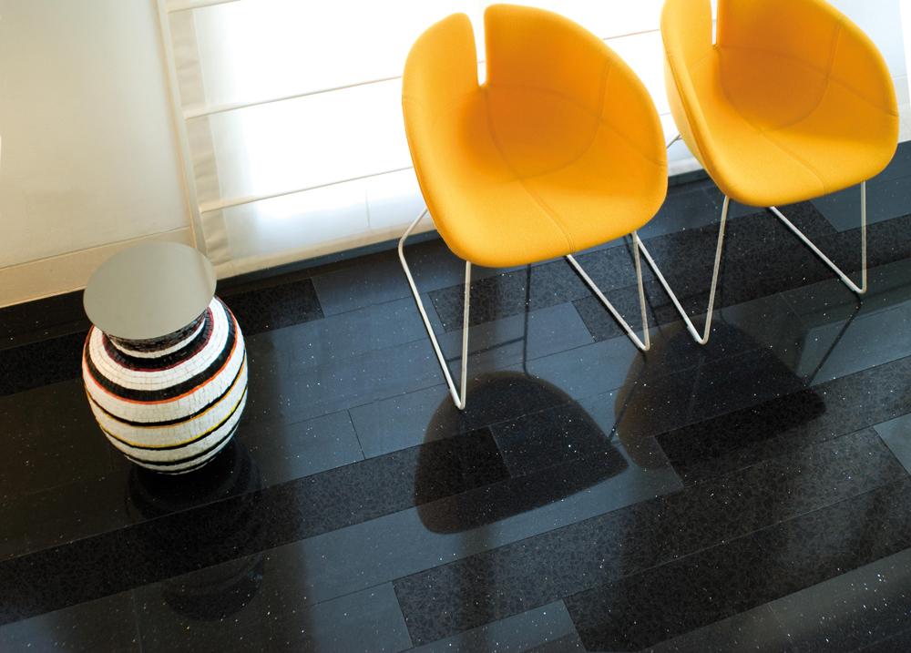 Tamni podovi mogu prostoriju učiniti elegantnijom