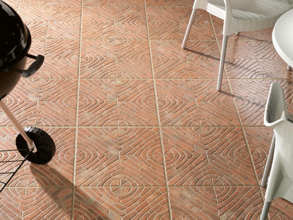 Glazura keramičke pločice može izdržati grebanje metalnim predmetima