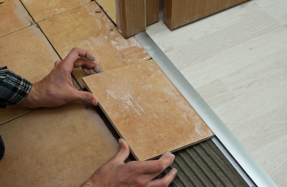 Postavljanje laminatnih pločica