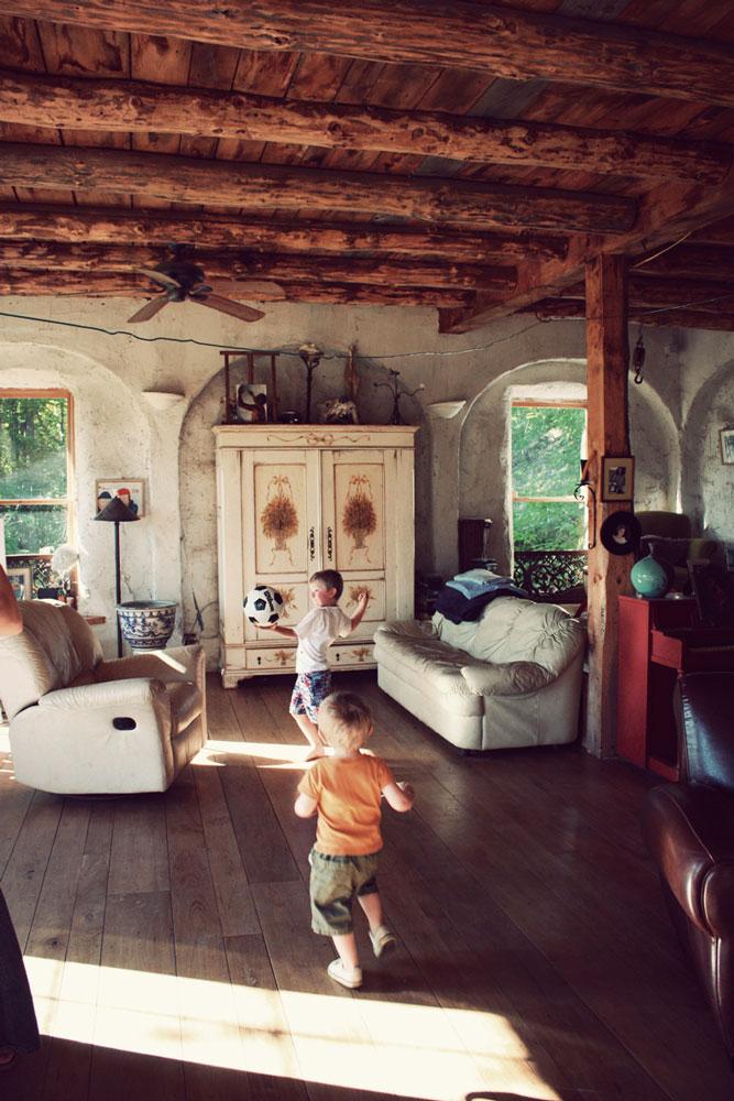 Podovi u kućama koje imaju izlaz na terasu