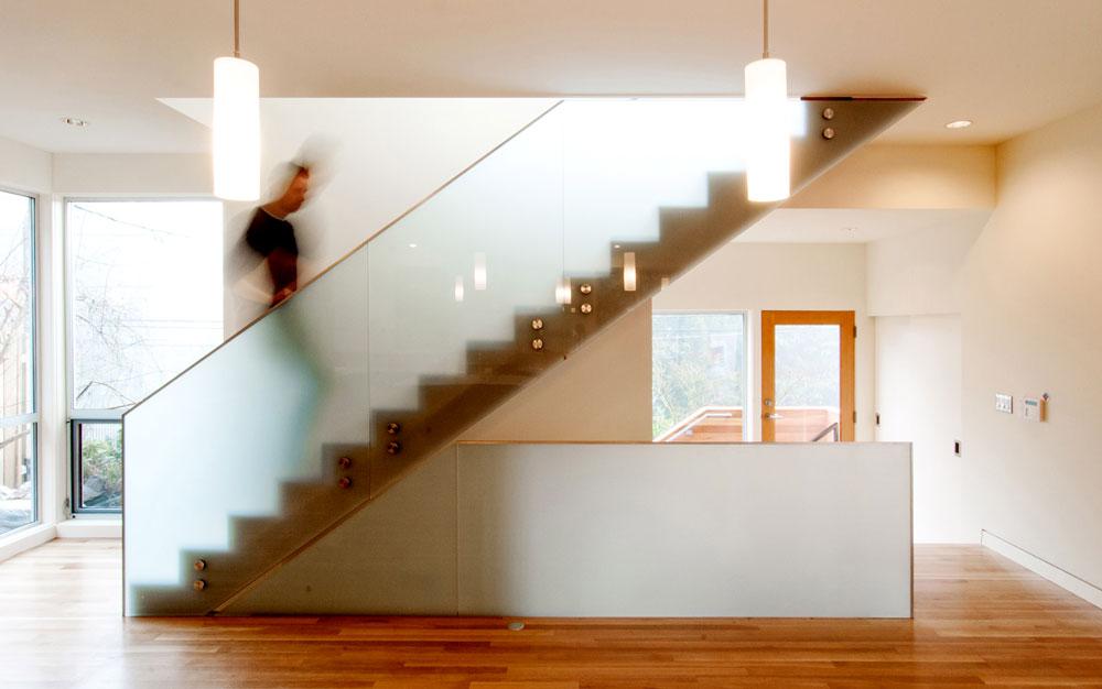 Stepenice mogu biti obložene drugim materijalom ili kombinacijom materijala