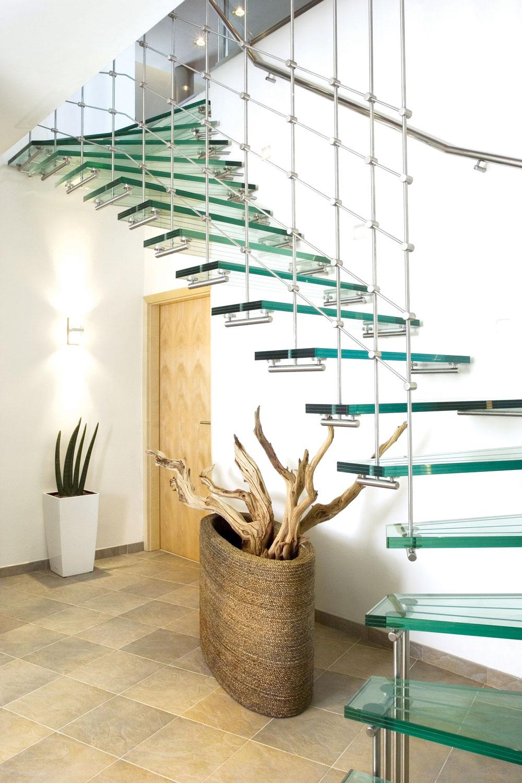Staklene stepenice