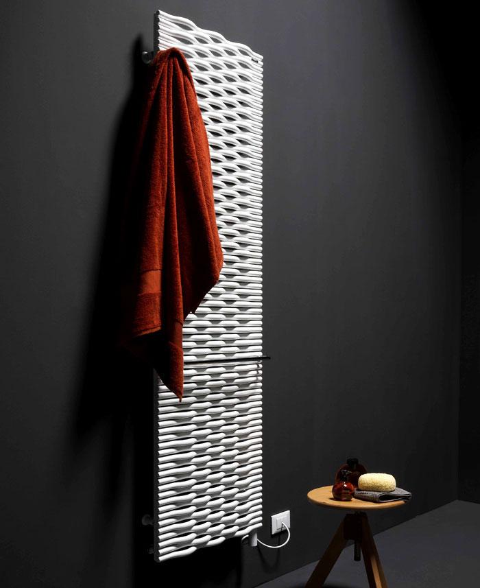 Trame dizajn je okarakterisan reinterpretacijom tradicionalnih elemenata od cevastog čelika