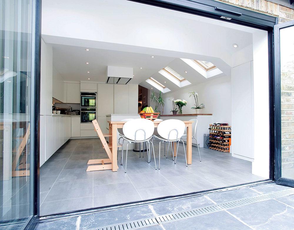 Boja poda mora dobro da se uklapa ne samo sa drugim tipom podne obloge već i sa nameštajem i zidovima