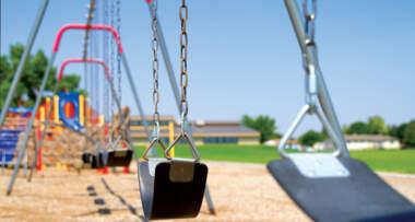 Rastresita podna obloga za dečije igralište