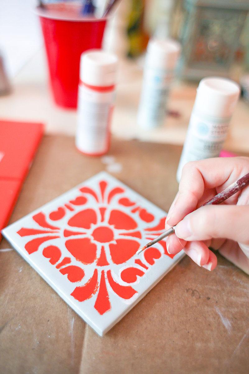 Slikanje na keramičkim pločicama