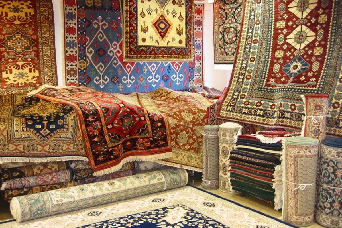Persijski tepih je deo Persijske-iranske umetnosti