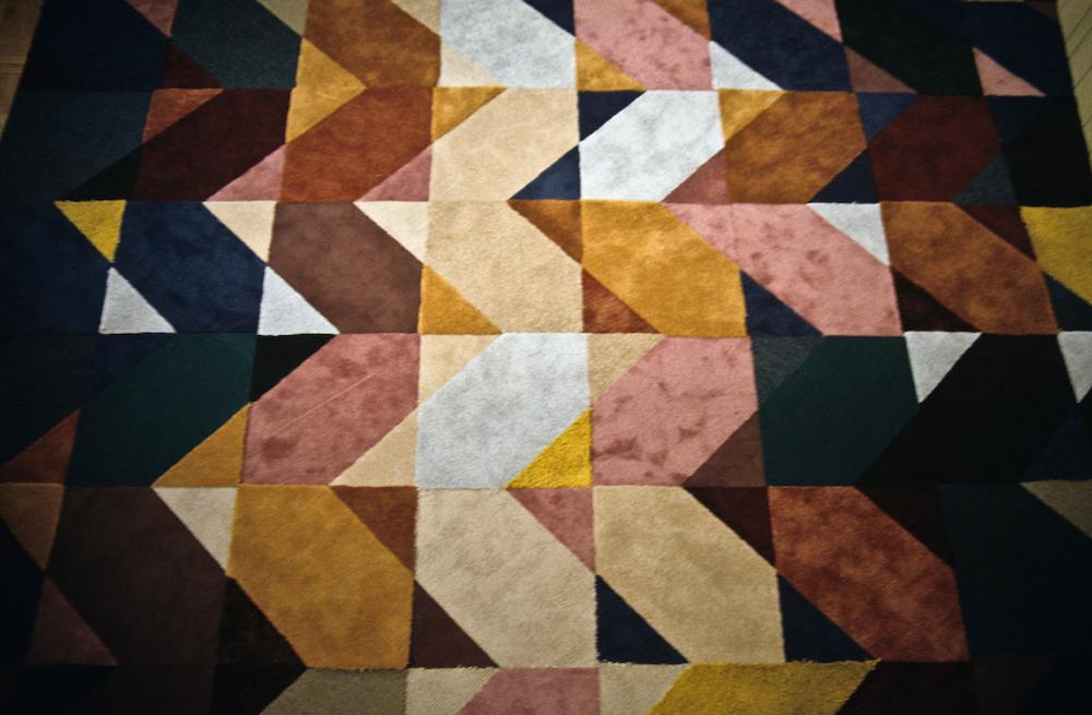 Veseli dizajn modularnih tepiha