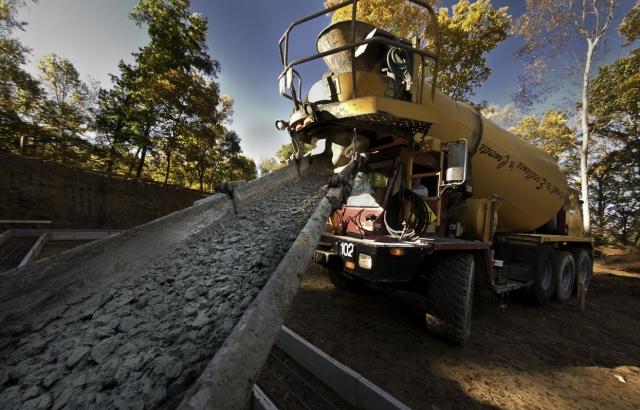 Cementna industrija je jedna od dva osnovna industrijska proizvođača ugljen dioksida