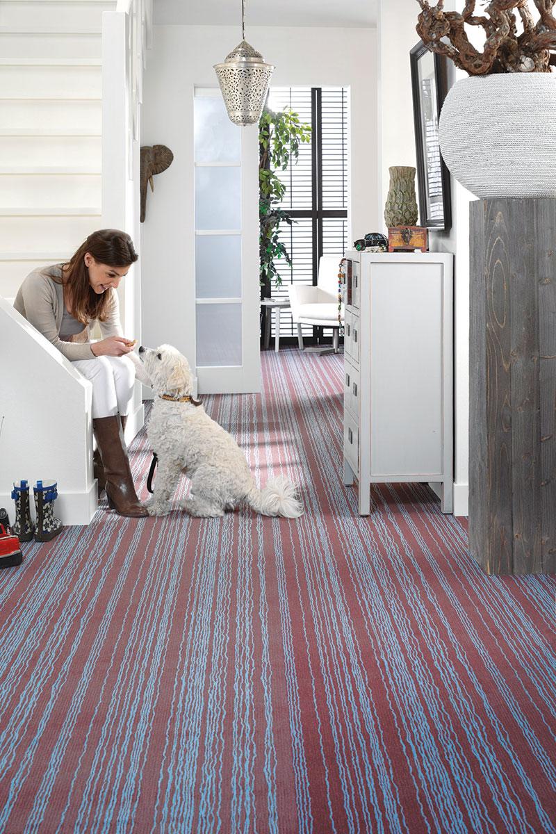 Oblaganje tekstilnim podovima se radi na tvrdim i suvim površinama