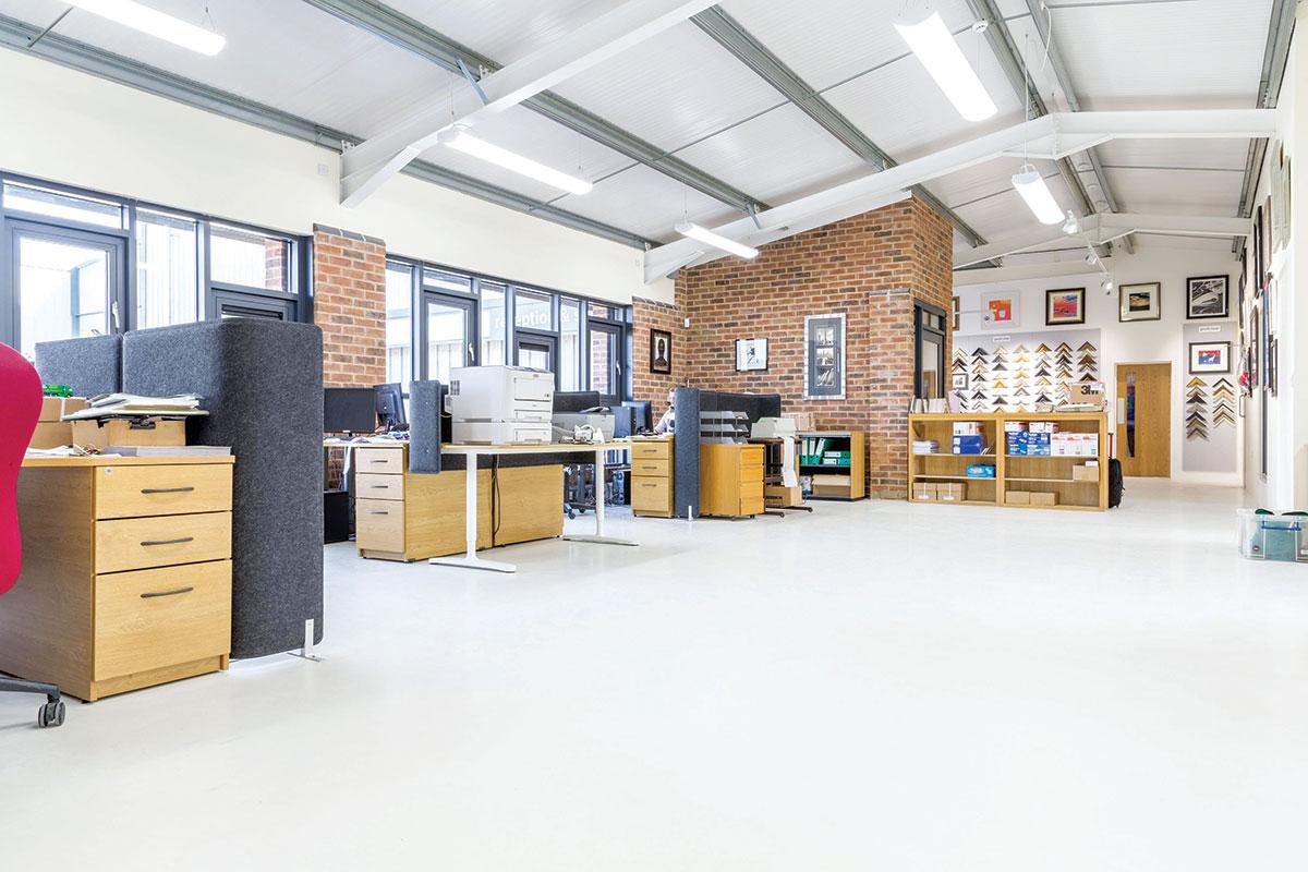 Industrijski podovi za poslovni prostor