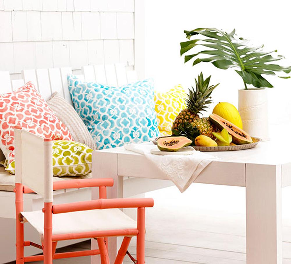 Šareni jastuc koji krase Vaš deking