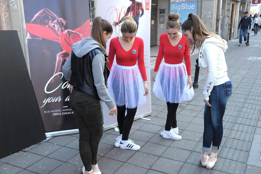 Učenje baletskih pozicija