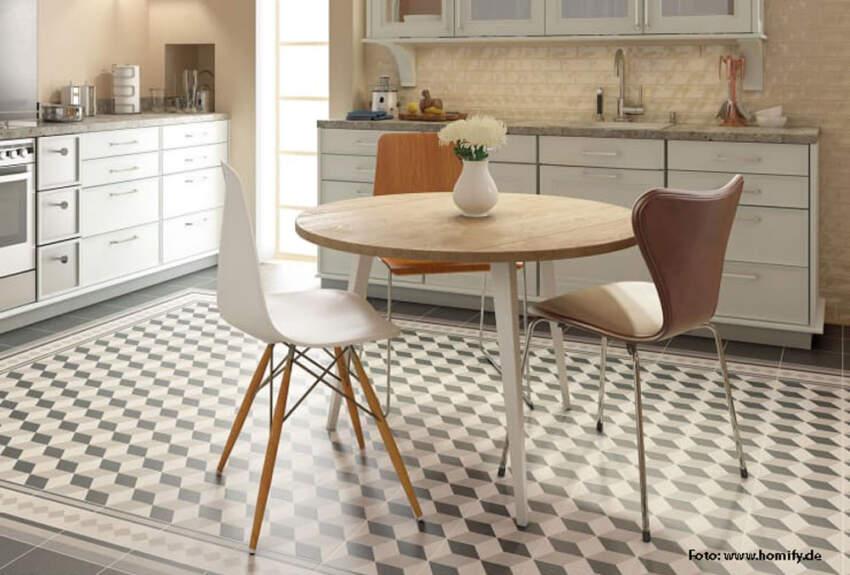 Klasični pod u kuhinji