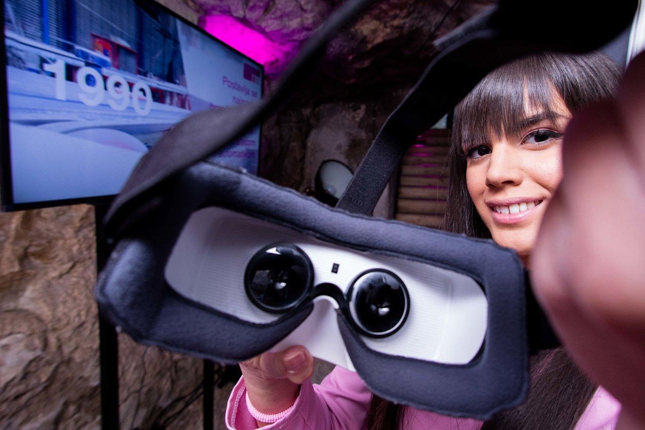 Virtuelnom turom kroz fabriku Keramika Kanjiza