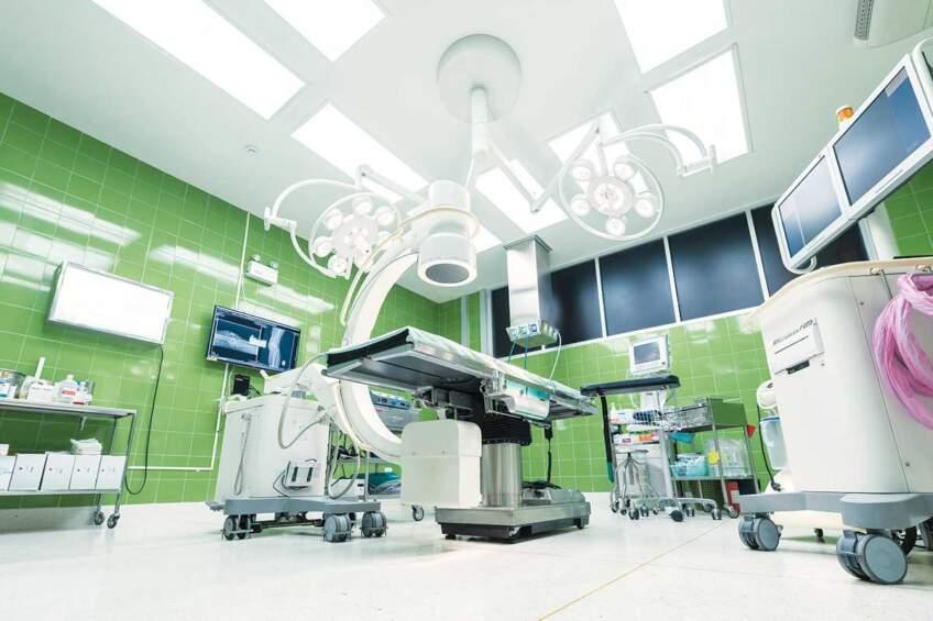 Antibakterijske podne obloge za hiruršku salu