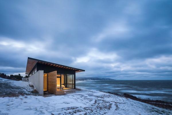 ovo predivno skrovište kreirao je Omar Gandhi Architect studio za bračni par iz Toronta