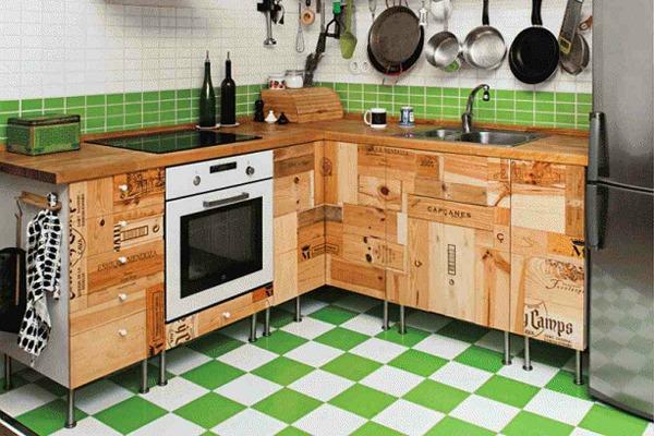 možete izabrati i keramičke pločice ili daske od obojenog drveta