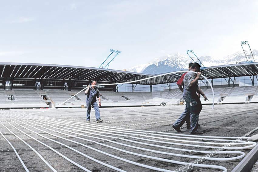 REHAU Postavljanje cevnih registara na stadionu Tivoli u Insbruku