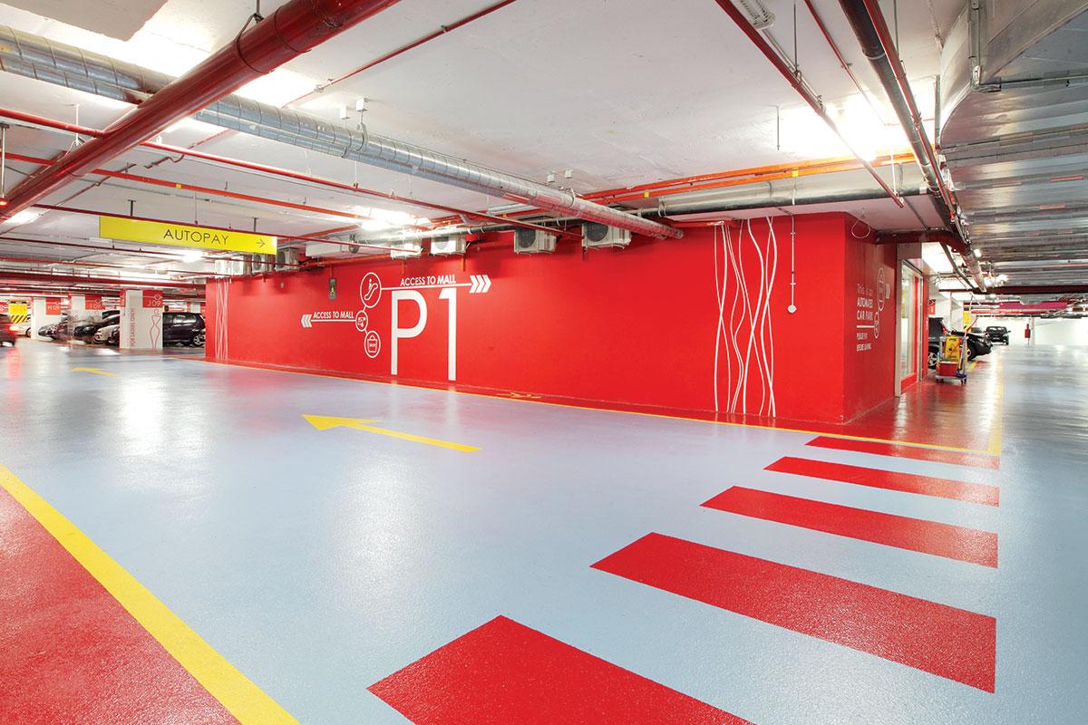 Guma ili kaučuk za oblaganje poda u garaži tržnog centra
