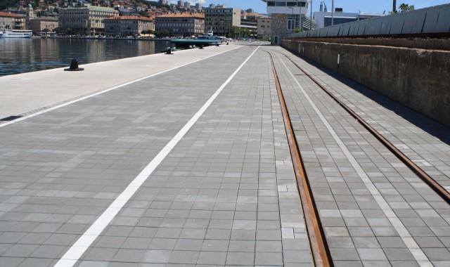 Semmelrock - Luka Rijeka, proizvod sistem cestovnih opločnika Einstein