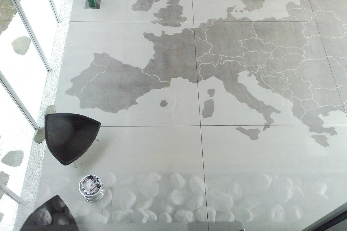 Podne obloge na bazi cementa, polirani beton, foto: MAPEI