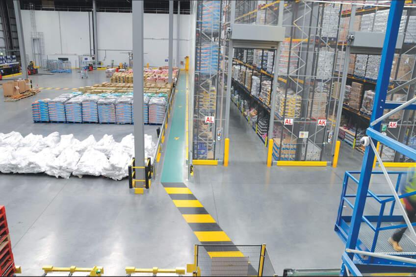 Industrijski pod u skladištima