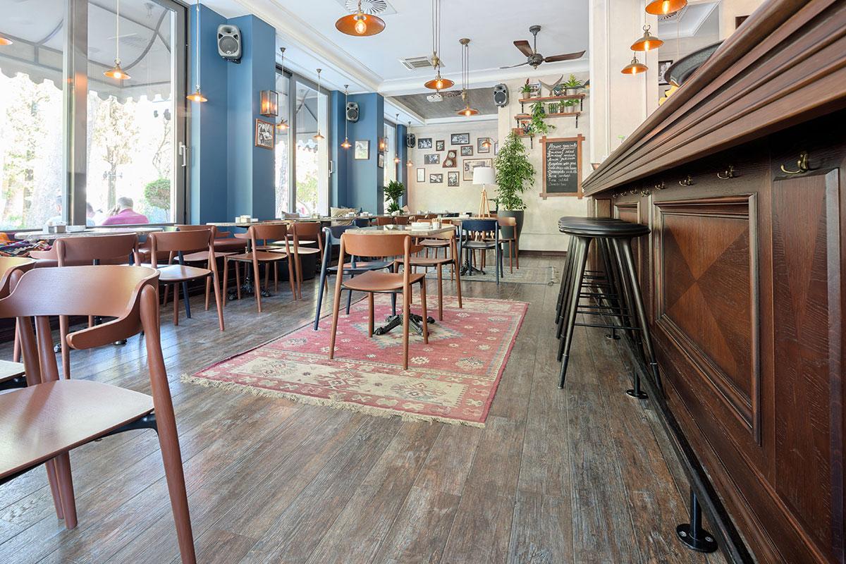Tarkett parket kafe Hemingvej Beograd