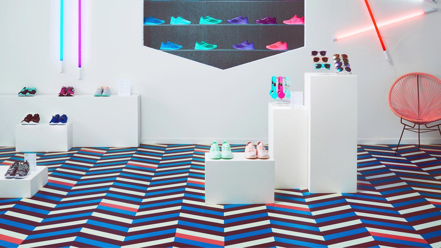 Foto: Tarkett, LVT podovi - Mixonomi prodavnica cipela