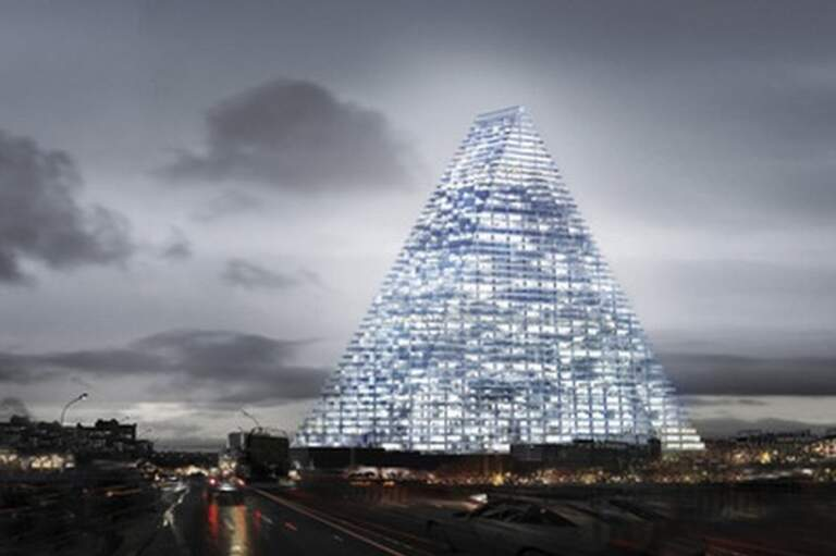 Piramida, građevina u Francuskoj, Pariz