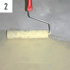 Renoplan sistem 1 Obrusenu i usisanu podlogu sa ostacima vodootpornog lepka premazati