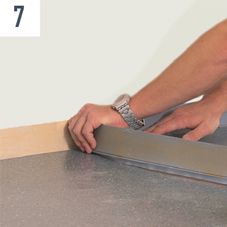 Renoplan sistem 1 na zidove zalepimo zidne lajsne uz upotrebu lepka UZIN WK 222 ili lepljive trake Sigan