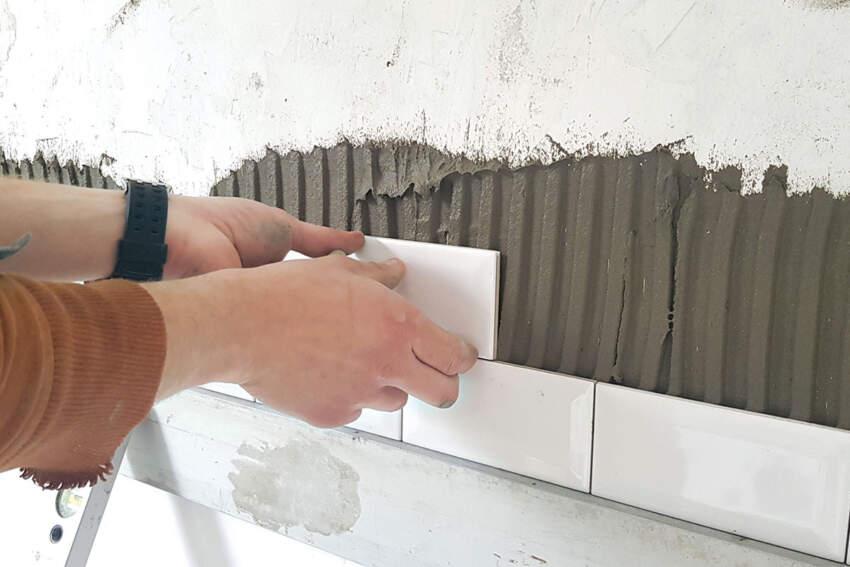 Lepljenje keramičkih pločica