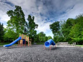 Granulat za dečije igralište na otvorenom
