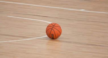 Parket za košarkaški teren