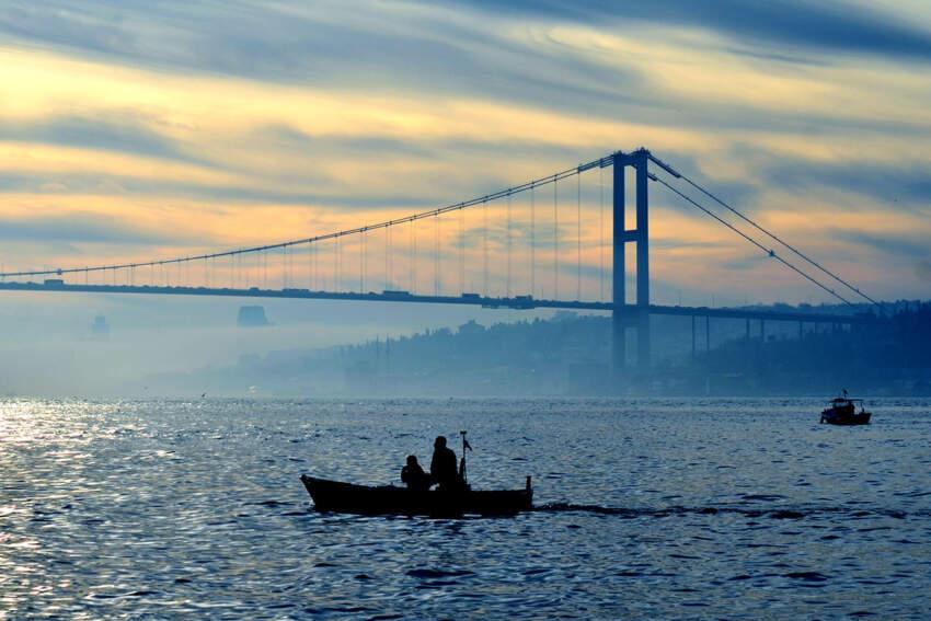 """Originalnog naziva """"Most mučenika 15. jula"""", predstavlja prvi od tri mosta kojima su povezani evropski i azijski deo Istanbula"""