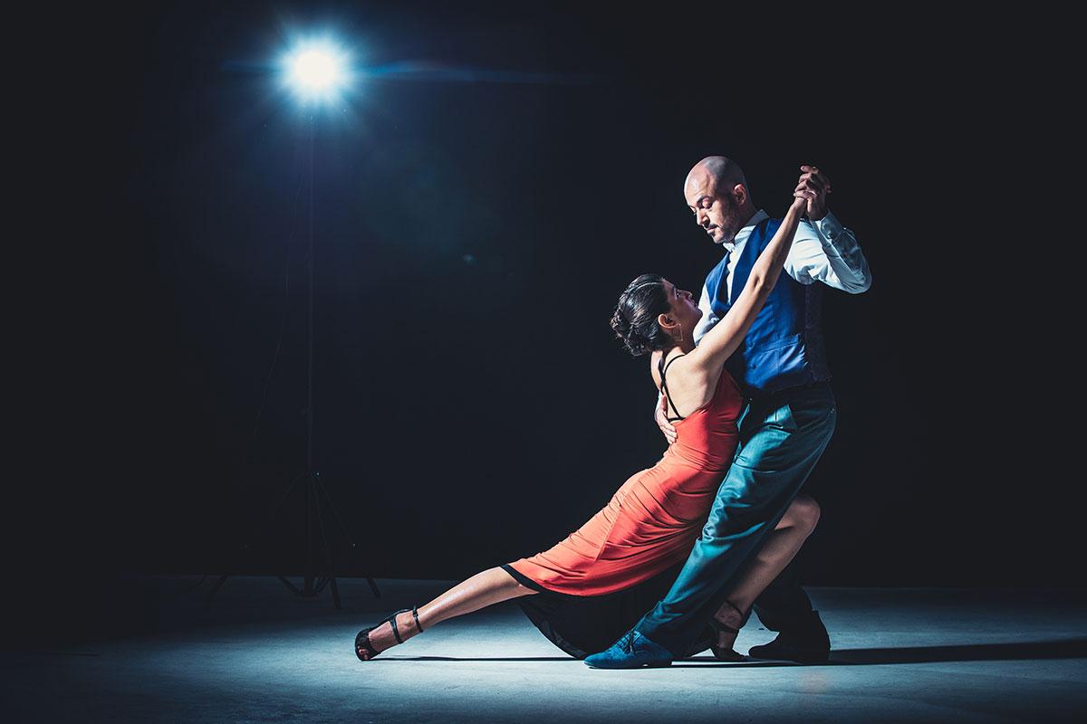 Homogeni vinil pod za ples - flamenko