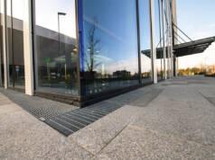 ACO ProfiLine® je sistem linijskog odvodnjavanja za fasade, terase, balkone, ravne ili zelene krovove
